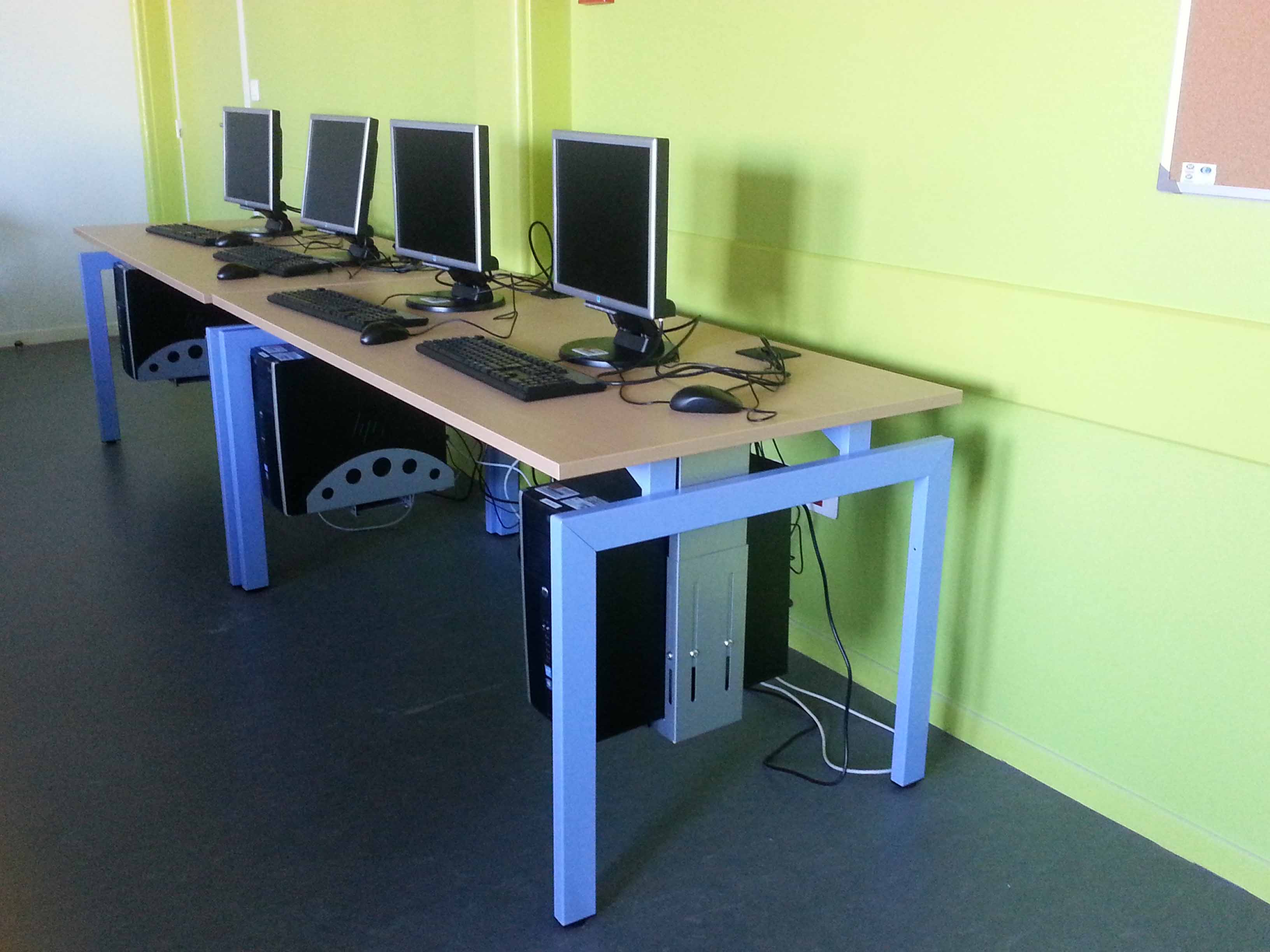 Table informatique modulable